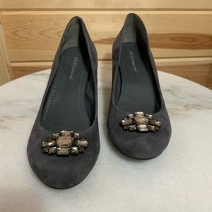 BCBGENERATION gray suede w crystals size 10
